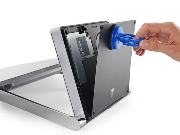 Surface Studio拆解:内部有ARM处理器 可轻松更换硬盘的照片 - 8