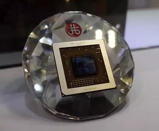 走进八核心融合时代:国产x86处理器最新成果抢先看的照片 - 4