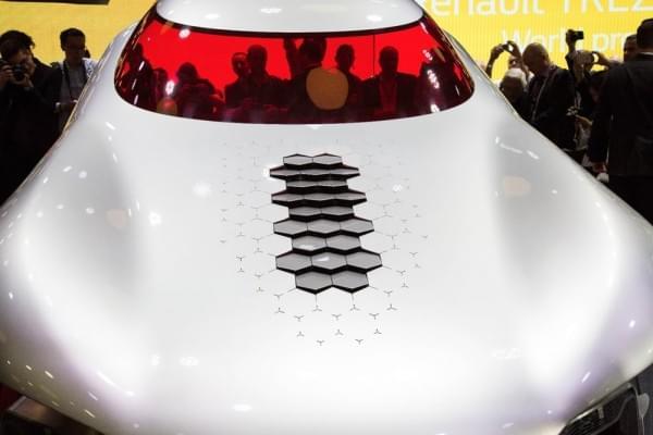 雷诺发布Trezor概念电动超跑:使用蛤壳式车门的照片 - 7