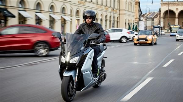 宝马全新电动摩托上市:续航获大幅提升的照片 - 2