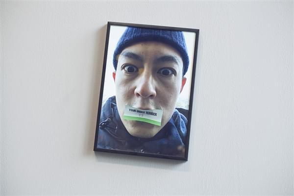陈冠希办个人摄影展引网友围观的照片 - 9
