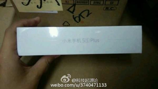 小米5s Plus包装盒首曝光:类似iPhone设计的照片