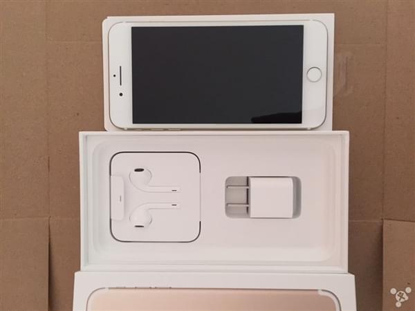 首批iPhone 7到货开箱图:玫瑰金和黑色成为主流的照片 - 7