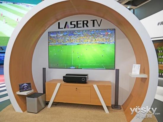 大屏与球赛是最佳CP 海信激光电视德国走红