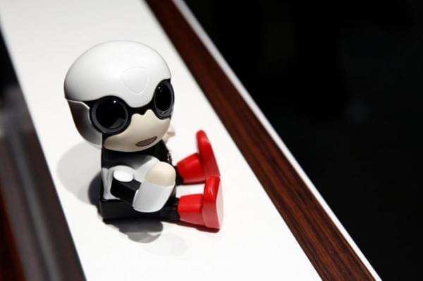 丰田Kirobo Mini机器人伴侣将于明年开始销售的照片 - 2