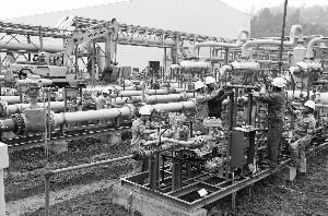 推动管网企业向社会第三方开放 发改委核定天然气跨省管道运价