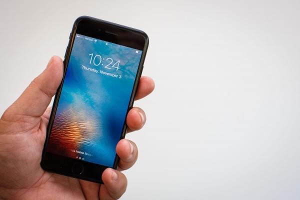 5年首次痛失畅销榜宝座 iPhone 8能在中国拯救苹果?的照片