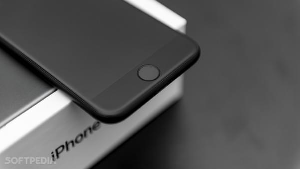 苹果新专利显示iPhone 8屏幕集成指纹传感器的照片 - 1