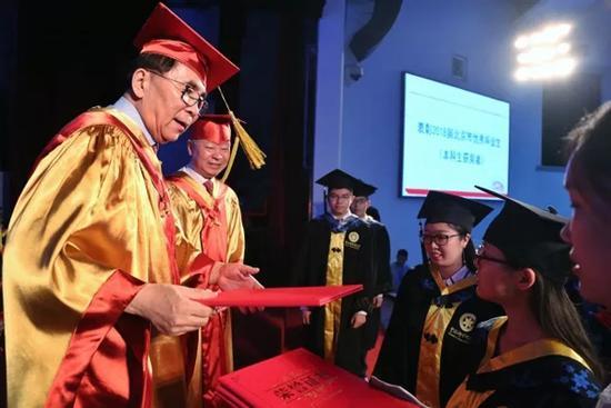 中科大首届本科生毕业:你们是永远的黄埔一期