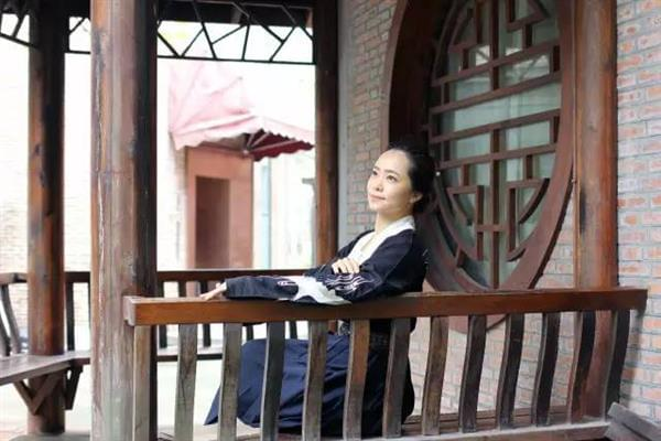 腾讯美女员工穿汉服上班 原因出乎意料的照片 - 6