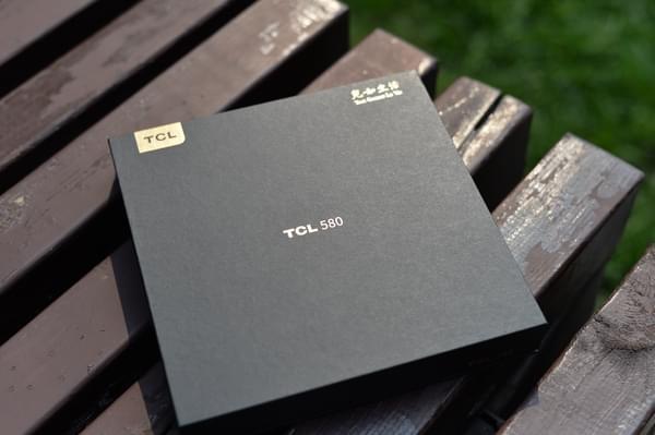 TCL 580图赏:精致优雅的轻商务手机的照片 - 2