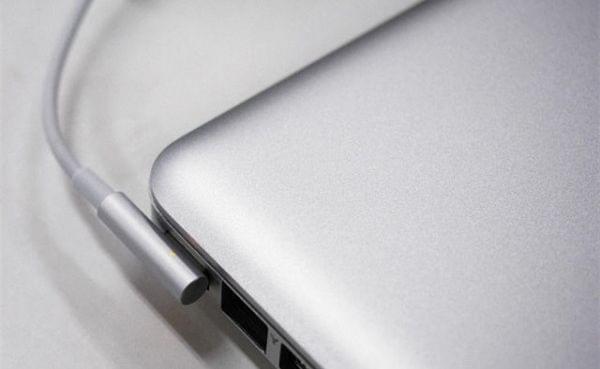苹果MBP接口太超前 理想主义总要付点代价的照片 - 4