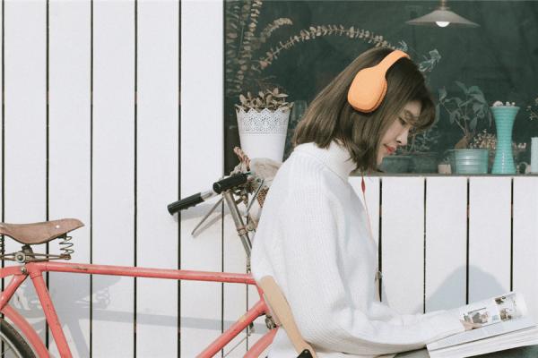 小米头戴式耳机轻松版发布:低阻抗手机直推/199元的照片 - 2