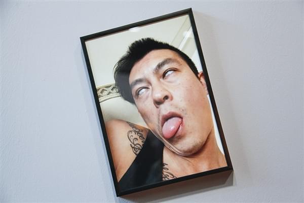 陈冠希办个人摄影展引网友围观的照片 - 3