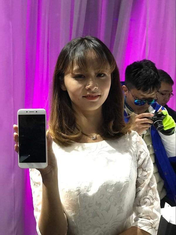 千元机外观也讲究:360手机N5现场上手图赏的照片 - 2