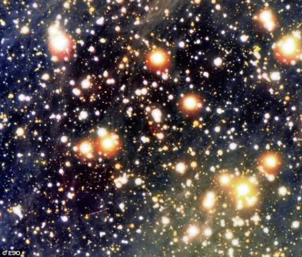 强大磁场会改变真空性质:八十年前预测终获证实的照片 - 2