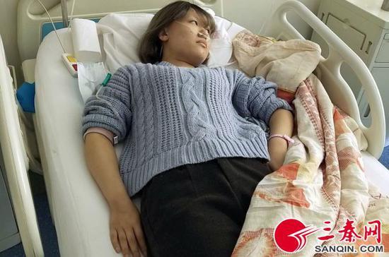 静静希望康复以后能够尽快报到上学 本报记者 李宗华 摄(张晴悦)