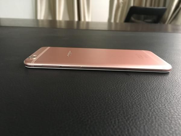 Oppo R9S开箱上手:颜值升级+IMX398的照片 - 20