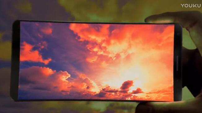 三星宣传片现超高屏占比Galaxy S8的照片 - 3