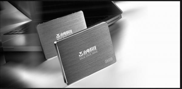 首款Intel 3D NAND 台电极光SSD登场的照片 - 10