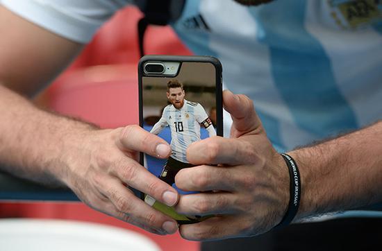 以足球为荣的国家:经济危机恶化 阿根廷唯一的安慰也碎了
