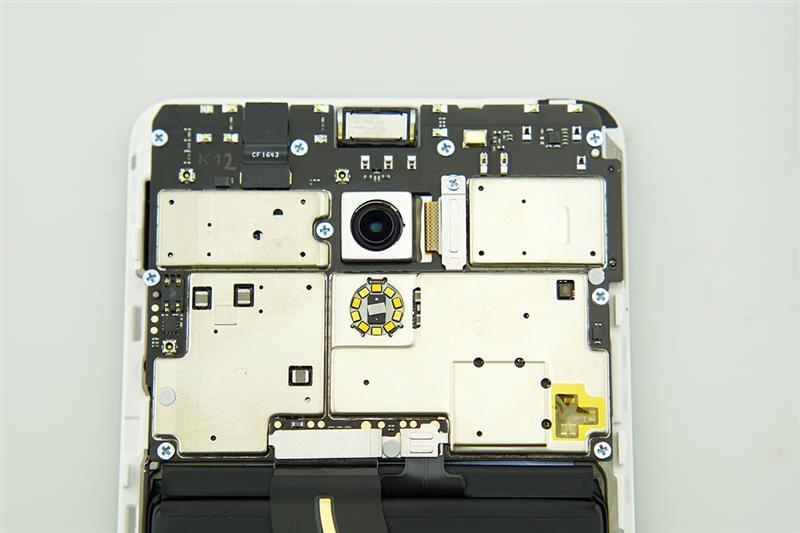魅族Pro 6 Plus拆解评测的照片 - 14