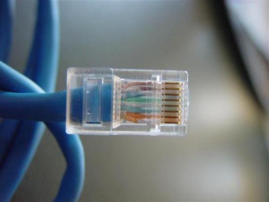 中国电信前三季度净利润190亿元 固网宽带被移动超越