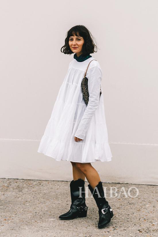 2019春夏巴黎时装周秀场外街拍