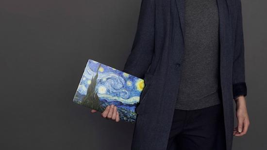 小米发布了两款笔记本 却火了苹果的贴纸的照片 - 4