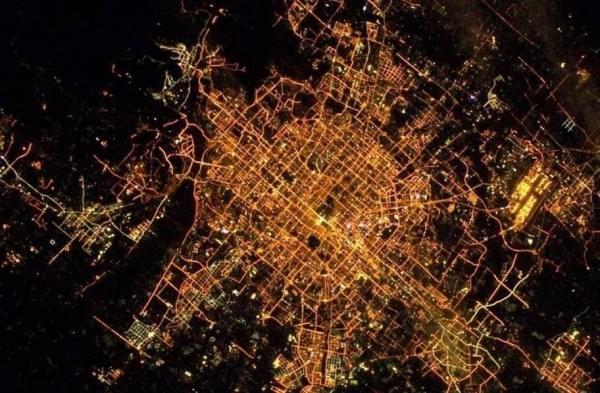 宇航员镜头里的世界:超美宇宙空间站的照片 - 7