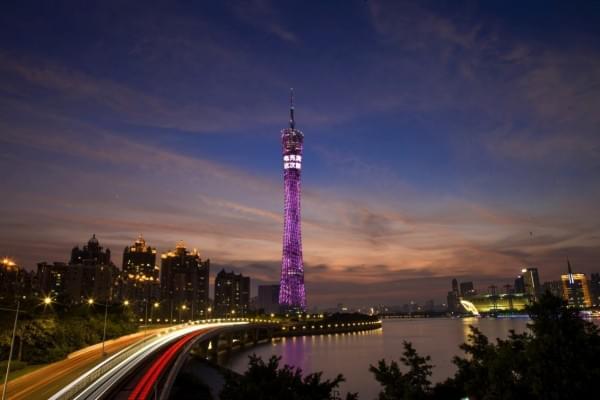 OPPO新机R9s在多城市地标曝光 拍照功能突出的照片 - 3