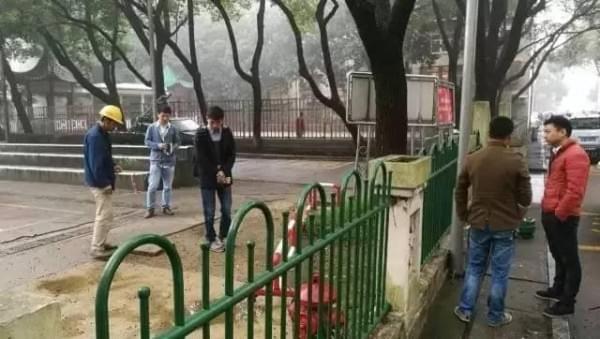 中国移动首发:一次完整的井盖基站建设全过程的照片 - 4