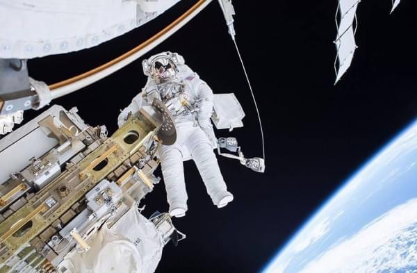 宇航员镜头里的世界:超美宇宙空间站的照片 - 4