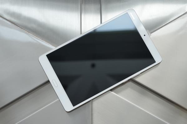 华为平板M3图赏:哈曼卡顿联合设计的影音便携设备的照片 - 5