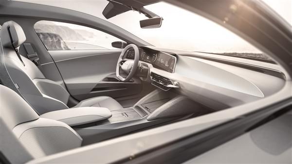 贾跃亭投资的Lucid Motors豪华电动汽车官图公布的照片 - 10