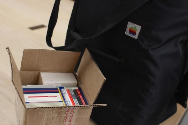 30年前的Mac:苹果天才吧员工还会修理吗的照片 - 2