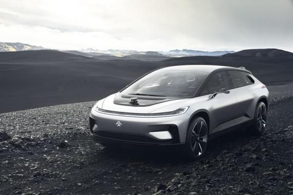 法拉第发量产汽车FF91 贾跃亭称能代替所有车型的照片 - 15