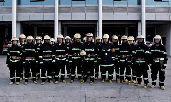 《兵王》�⒂� 消防兵吹�英雄的旋律