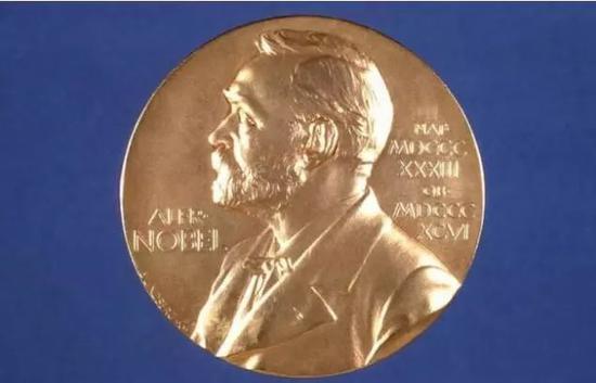 """诺贝尔文学奖丑闻比小说还""""精彩"""" 它能重建声望吗"""