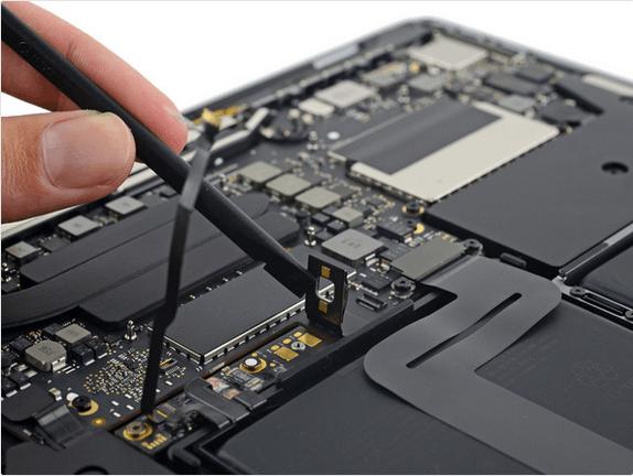 13英寸入门级新MacBook Pro拆解 很难修复的照片 - 13