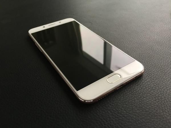 Oppo R9S开箱上手:颜值升级+IMX398的照片 - 10