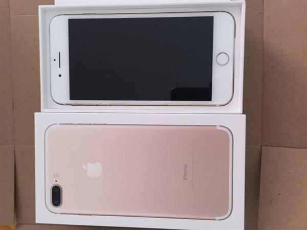 首批iPhone 7到货开箱图:玫瑰金和黑色成为主流的照片 - 6