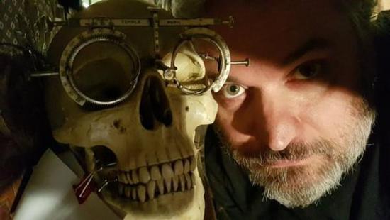 [图]《神探夏洛克》发布第四季首张CP定妆照