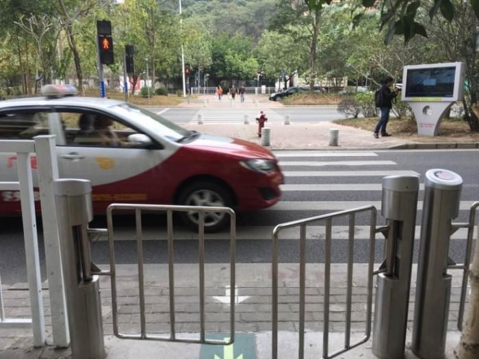 李彦宏说的智能交通灯 特区人民已经用上了的照片 - 3