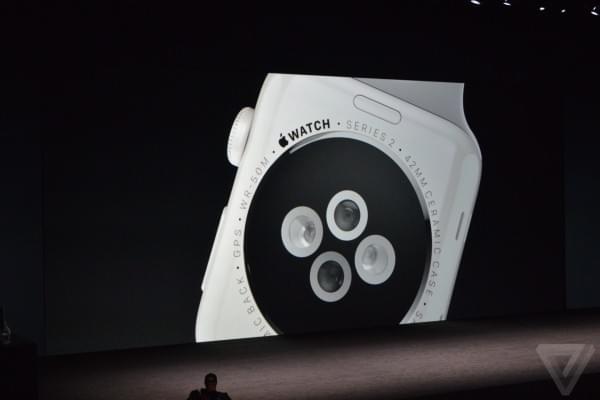 苹果发布Apple Watch SERIES 2 可实现50米防水的照片 - 4