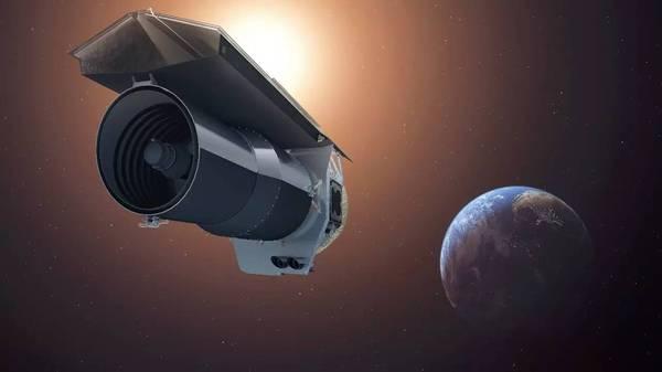 """斯皮策太空望远镜开启""""跨越""""阶段任务的照片 - 2"""
