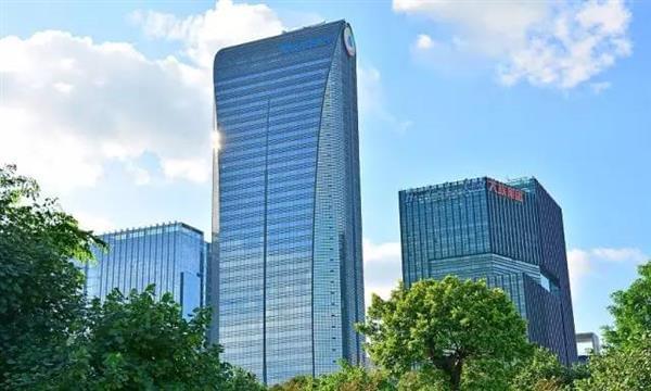 实拍深圳腾讯大厦:传说中马化腾所在的39层的照片 - 1