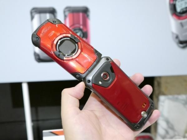 1.8米随你摔 京瓷推出最坚固的翻盖手机TORQUE X01的照片 - 9