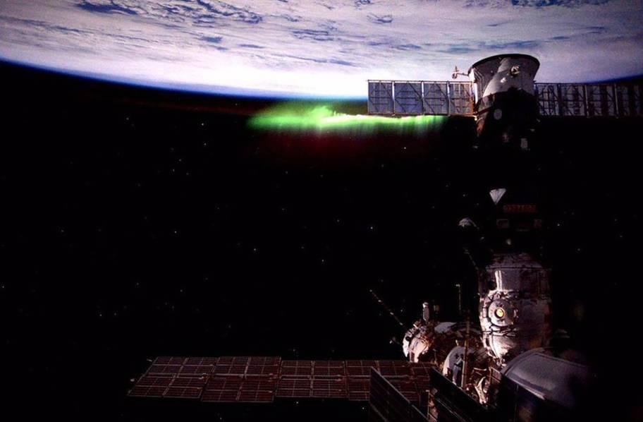 宇航员镜头里的世界:超美宇宙空间站的照片 - 15