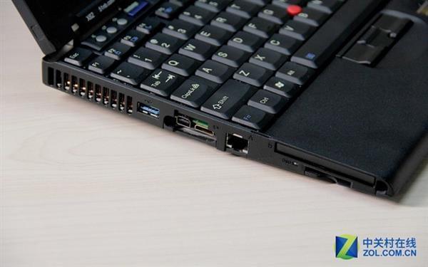 是否愿为情怀买单?聊粉丝自制ThinkPad X62的照片 - 8